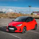 Toyota Yaris Style Premiere Edition (Rojo Coral bitono)