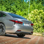 Lexus LS 500h - Miniatura 18