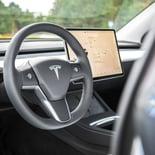 Tesla Model Y - Miniatura 26