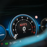 Volkswagen Golf GTI - Miniatura 16