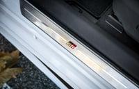 Foto 2 - Toyota Corolla GR-Sport (Gris Ascari bitono)